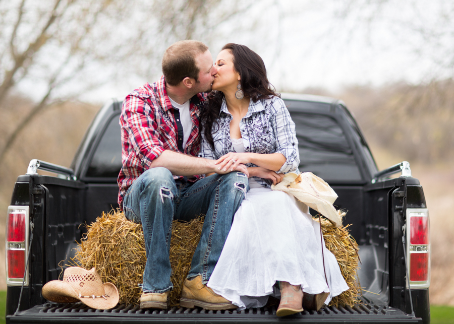 69_engagement_photos_minnesota_wedding_photographer_mn (1)